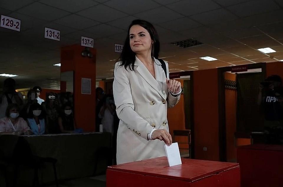 Светлана Тихановская, домохозяйка, которую поддерживает оппозиция, устраивающая в Белоруссии митинги