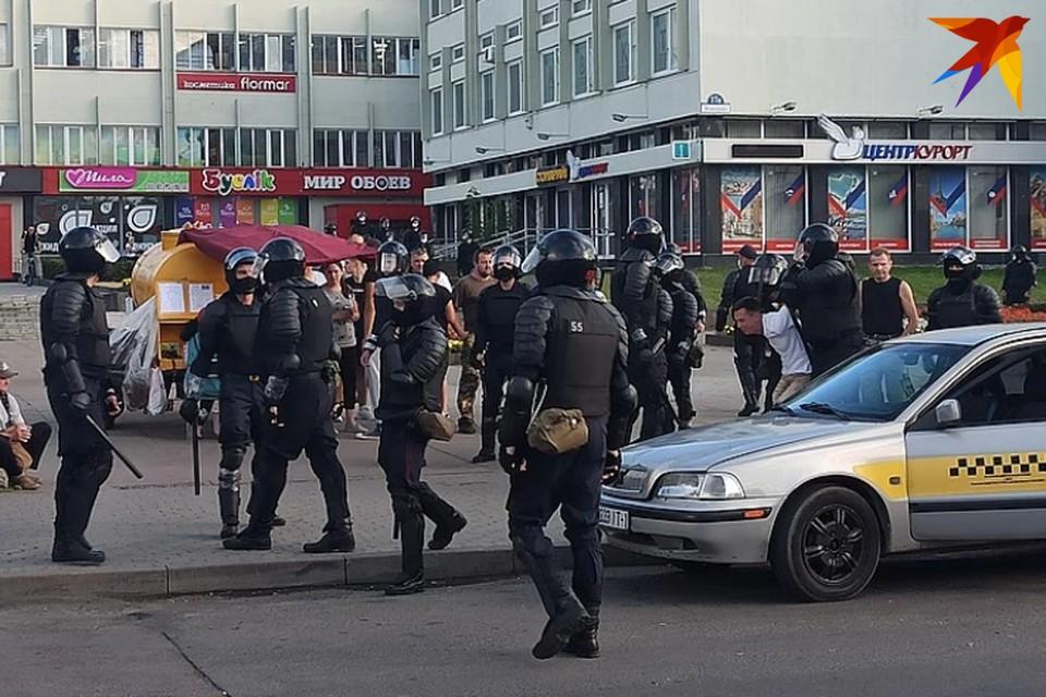 Задержания возле ЦУМа в Бресте.
