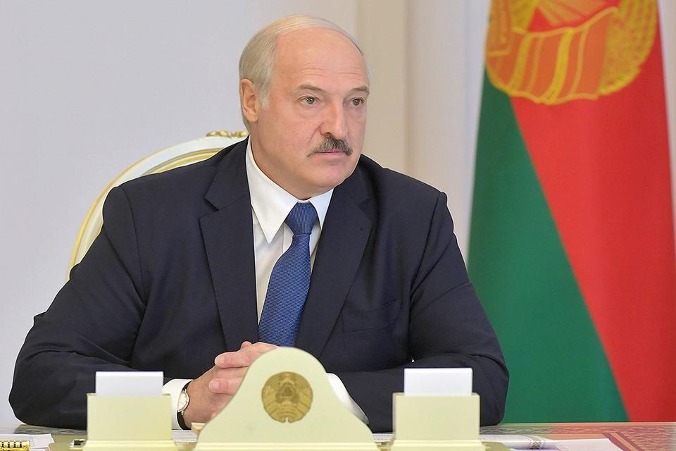 Александр Лукашенко на заседании Совбеза Белоруссии.