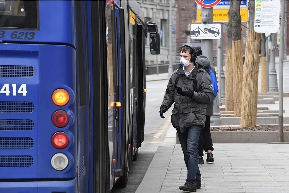 В Госдуме предложили запретить громкие разговоры и музыку в общественном транспорте