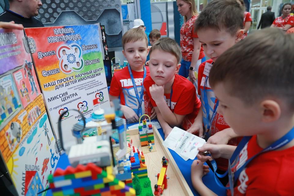 Эстафету праздника робототехники Красноярск передал Нижнему Новгороду.
