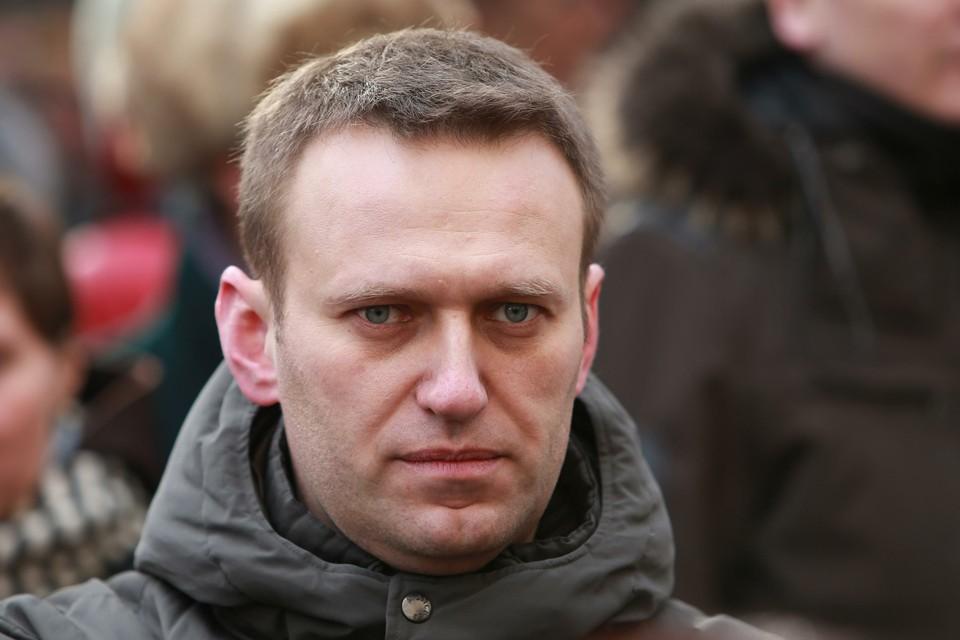 Врачи в Омске проводят пресс-конференцию о состоянии здоровья Алексея Навального