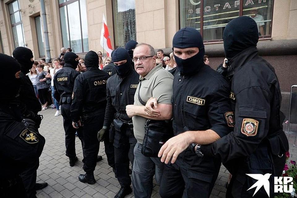 В центре Минска уже задержано 125 человек