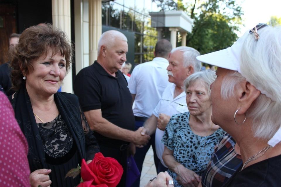 Родителей Александра Захарченко- Тамару Федоровну и Владимира Николаевича благодарили за сына