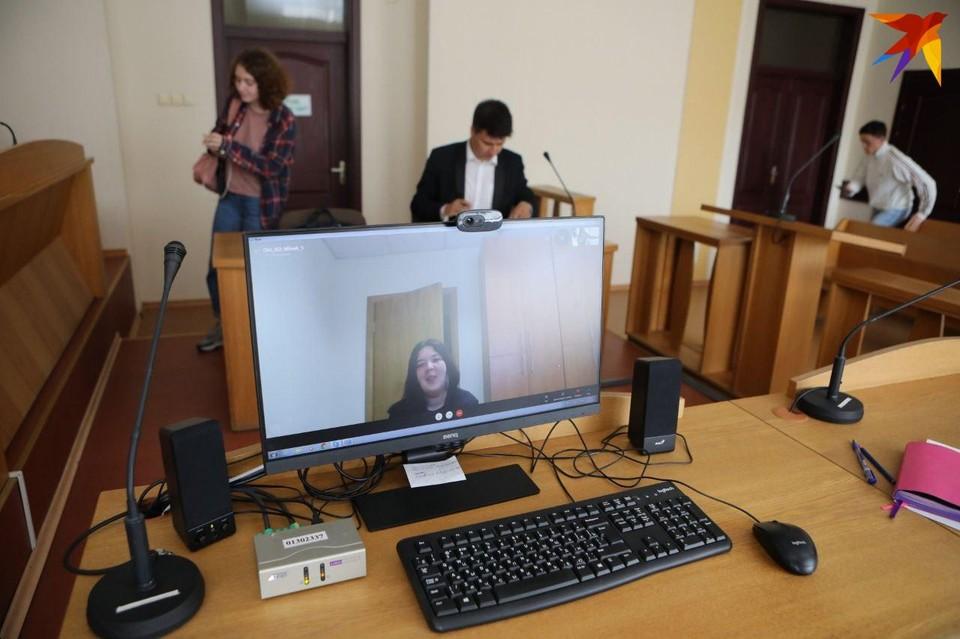 В Минске судят журналистку «КП» Марию Элешевич за участие в несанкционированном митинге.