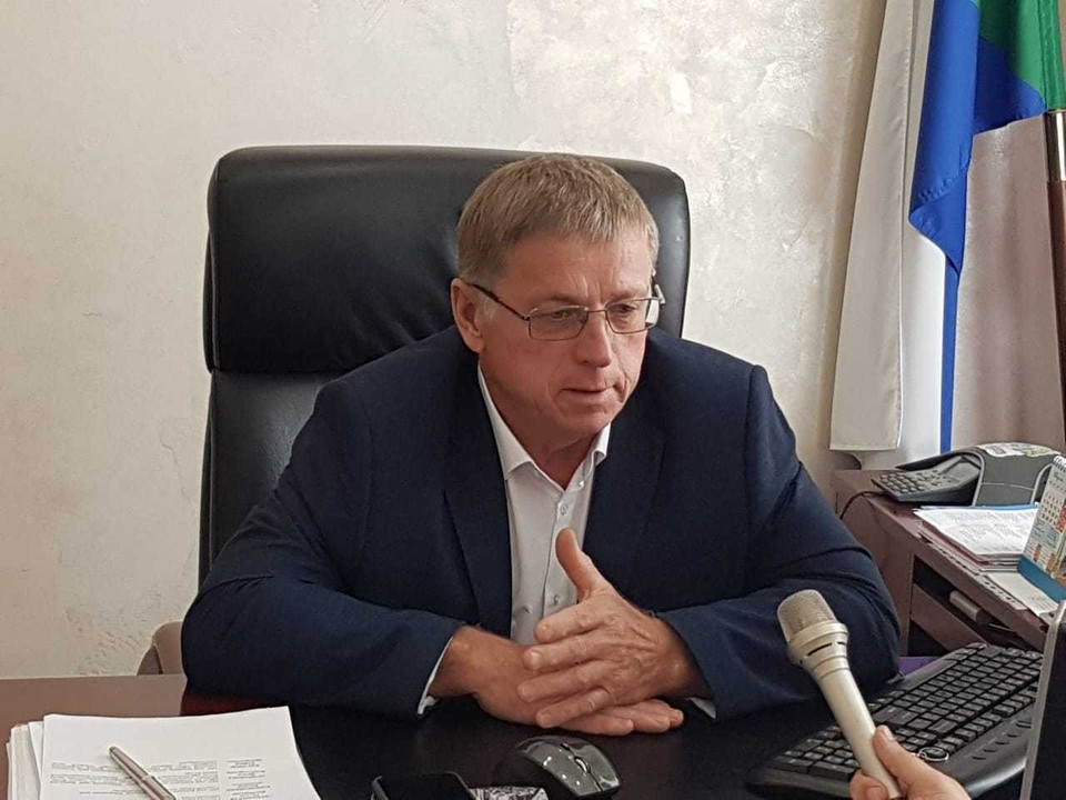 Глава Советско-гаванского района Юрий Бухряков