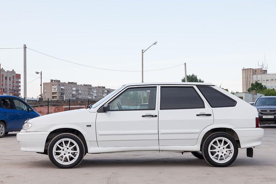 Эксперты агентства «Автостат» проанализировали продажи машин с пробегом за 7 месяцев 2020 года и пришли к выводу, что в большинстве субъектов лидируют модели LADA.