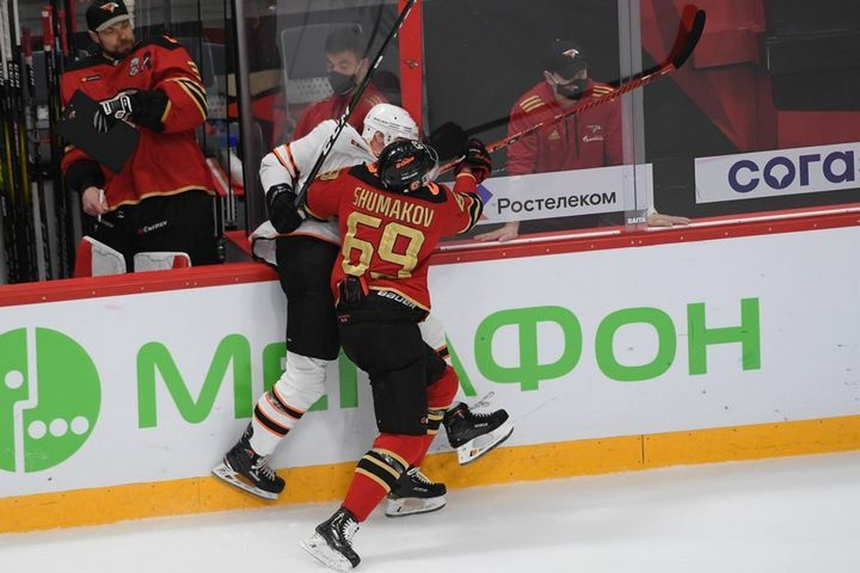 В третьем матче сезона «Авангард» разгромил хабаровский «Амур» со счетом 8:2. Фото ХК «Авангард»
