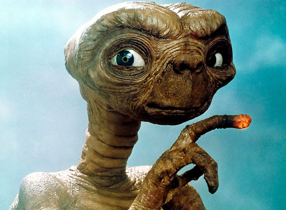 """Инопланетянин: """"Ищите нас и обрящете""""."""