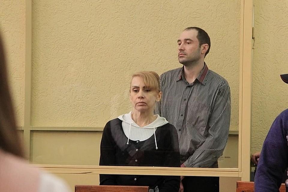 Над Инессой Тарвердиевой и членами ее семьи начинается еще один суд. Фото: СТЕПАНОВ Александр.