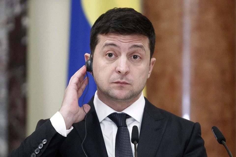 Президент Украины поддерживает кандидатов от «Слуги народа» потоком бессвязного бессознательного
