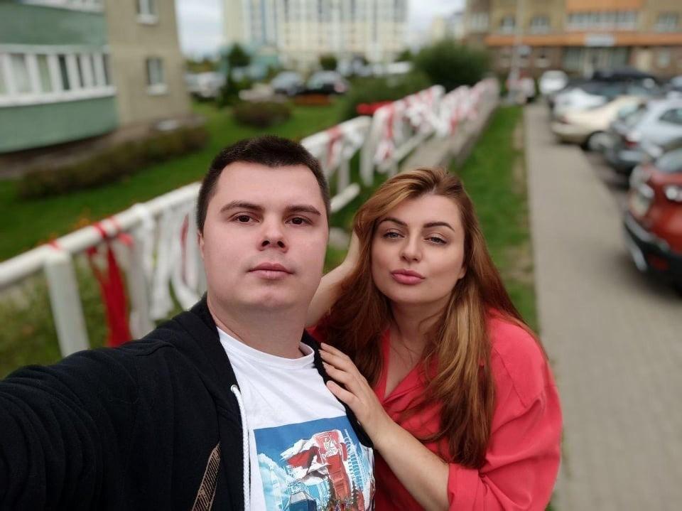 Автор новых гербов Татьяна Горельчик говорит, что ее муж Артем поддерживает и разделяет ее инициативу