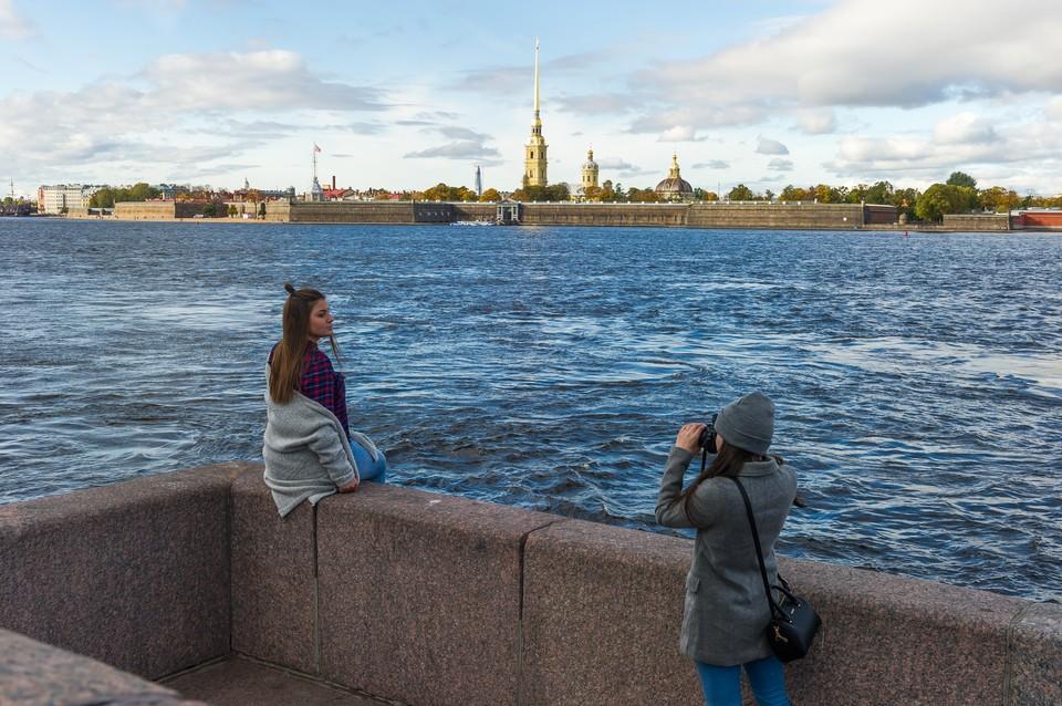 Шторма в Петербурге не будет, а погода наладится.