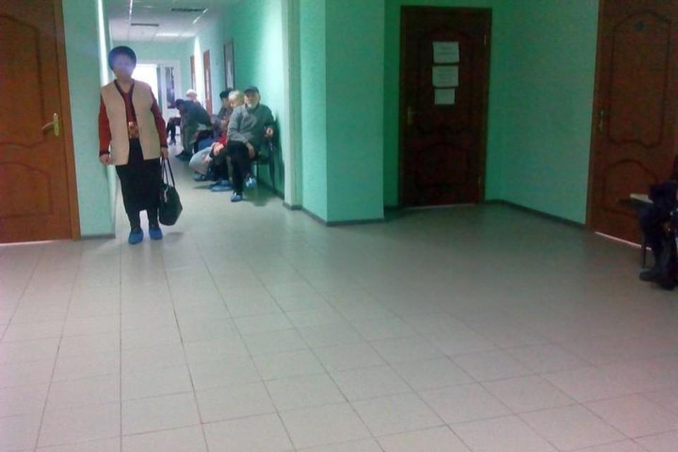 Для получения направления пациенту необходимо обратиться в поликлинику по месту жительства