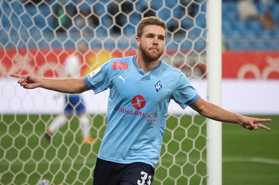 Иван Сергеев сегодня забил трижды
