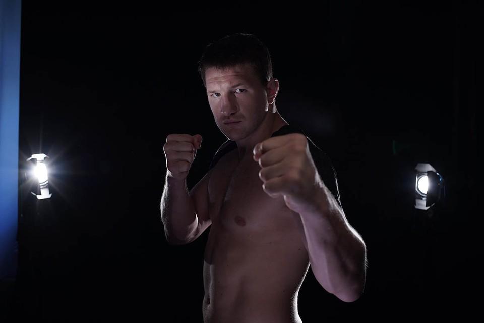 Чемпион Fight Nights Global снялся в фильме «Русский рейд» в роли главного захватчика