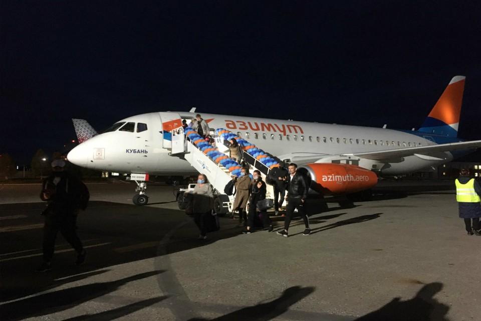 В Мурманск из Краснодара прилетели 75 пассажиров.