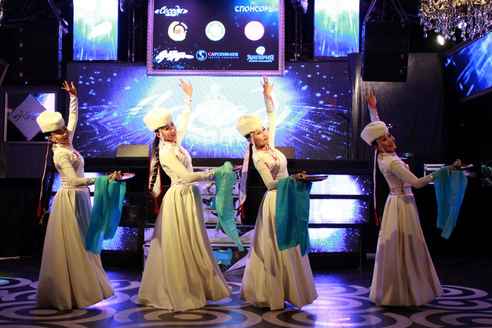 Процветания вам, соседи: онлайн-концерт в честь 83-летия Иркутской области прошел в Иркутске.