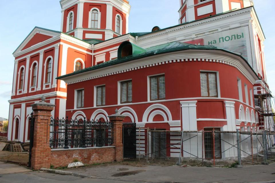 В текущем году работы по восстановлению внешнего облика храма будут закончены. Фото: вятская-епархия.рф