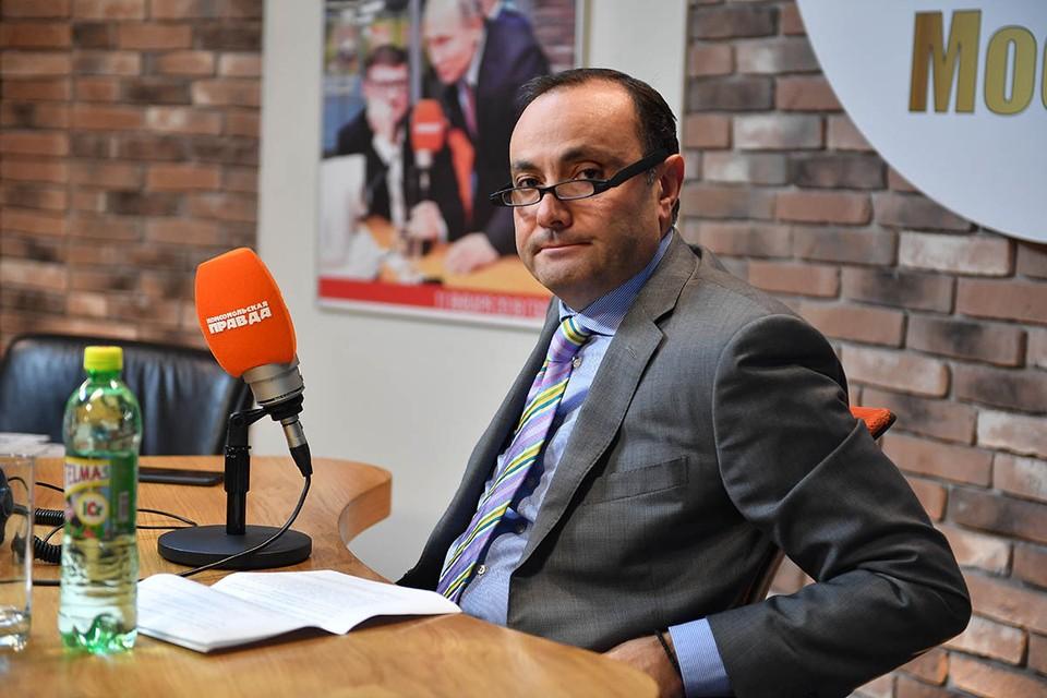 Армянский дипломат рассказал в эфире Радио «Комсомольская правда», когда Ереван попросит у Москвы военного вмешательства в Карабахский конфликт