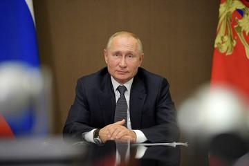 В Кремле объяснили, почему Путин не сделал прививку от коронавируса