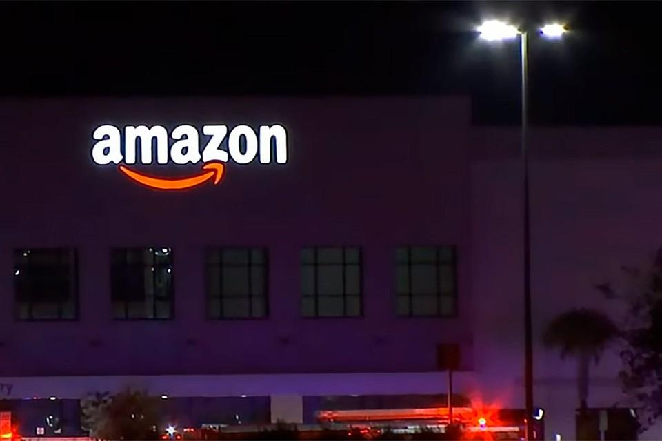 Во вторник вечером, в центре исполнения заказов Amazon на северной стороне Джексонвилла произошла стрельба.