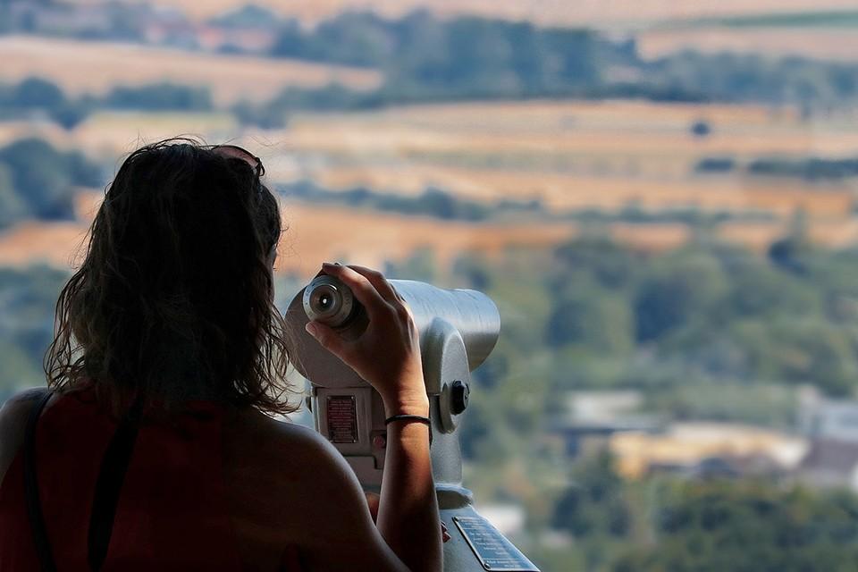 На выходных можно прийти и посмотреть в телескоп на небо. Фото: pixabay.com