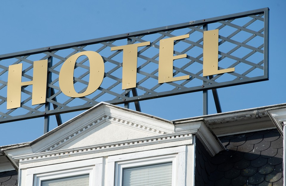 Американец пожаловался на отель и оказался под судом.