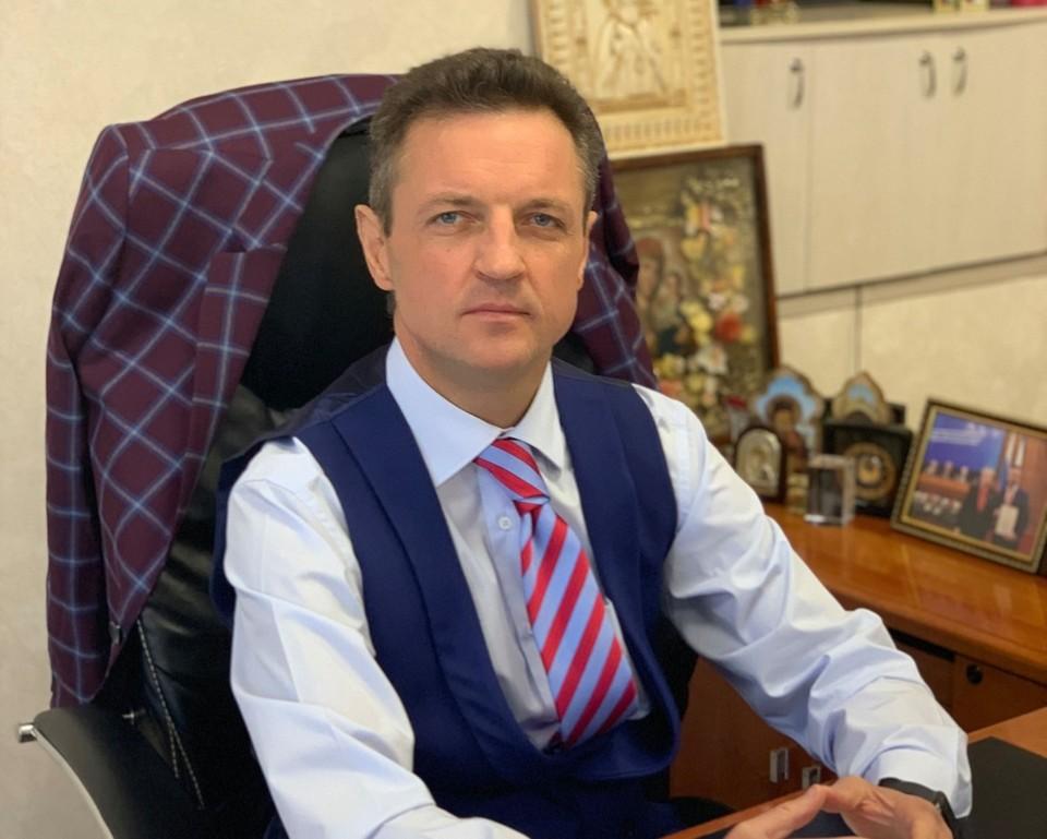 Четыре года Остапенко возглавлял больницу им. Семашко. Фото: Александр Остапенко/Facebook