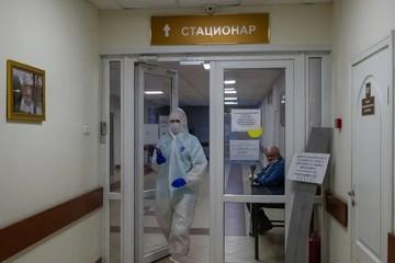 Резко выросло число госпитализаций больных коронавирусом в Санкт-Петербурге