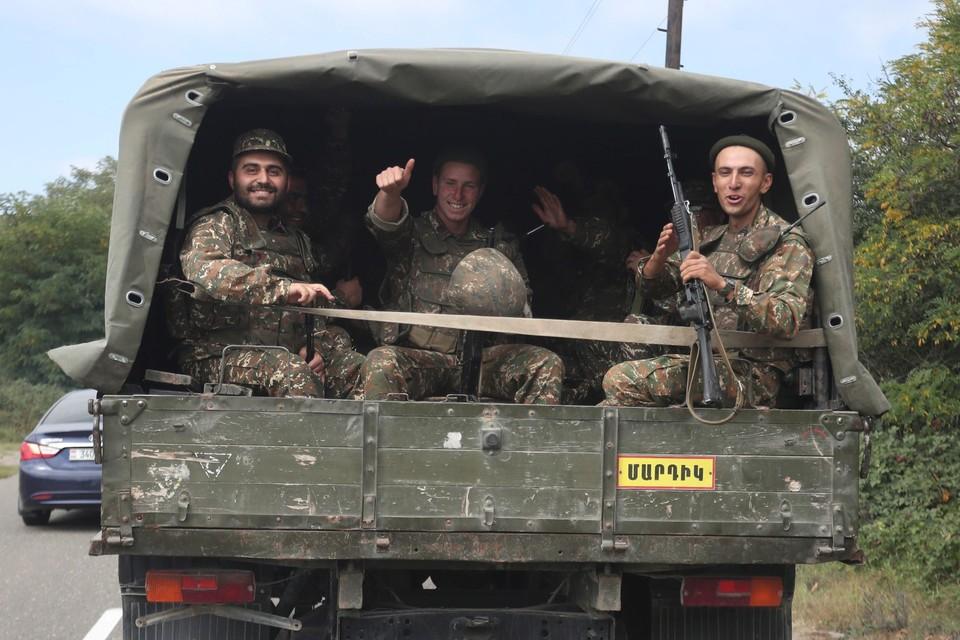 Мы собрали все последние новости о конфликте в Нагорном Карабахе.