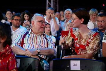 """""""Мечтаю, чтобы Вагаша вырос похожим на дедушку"""": Брухунова показала лицо сына от Петросяна"""