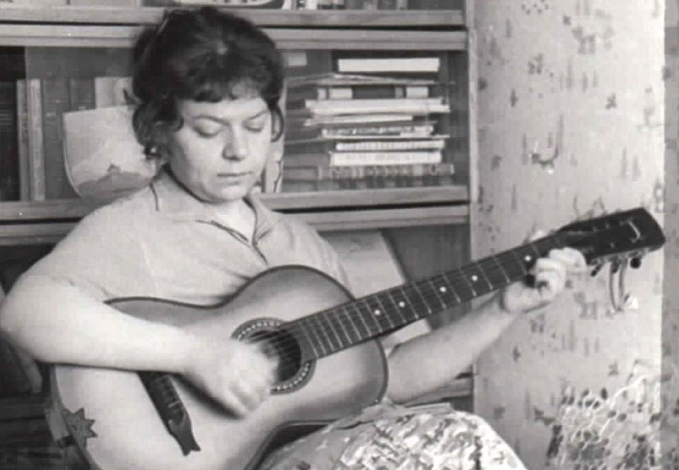 Новелла Матвеева. Фото начала 1960-х годов.