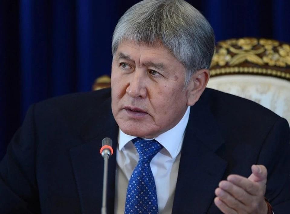 Спецназ вошел на территорию особняка экс-президента Киргизии Атамбаева