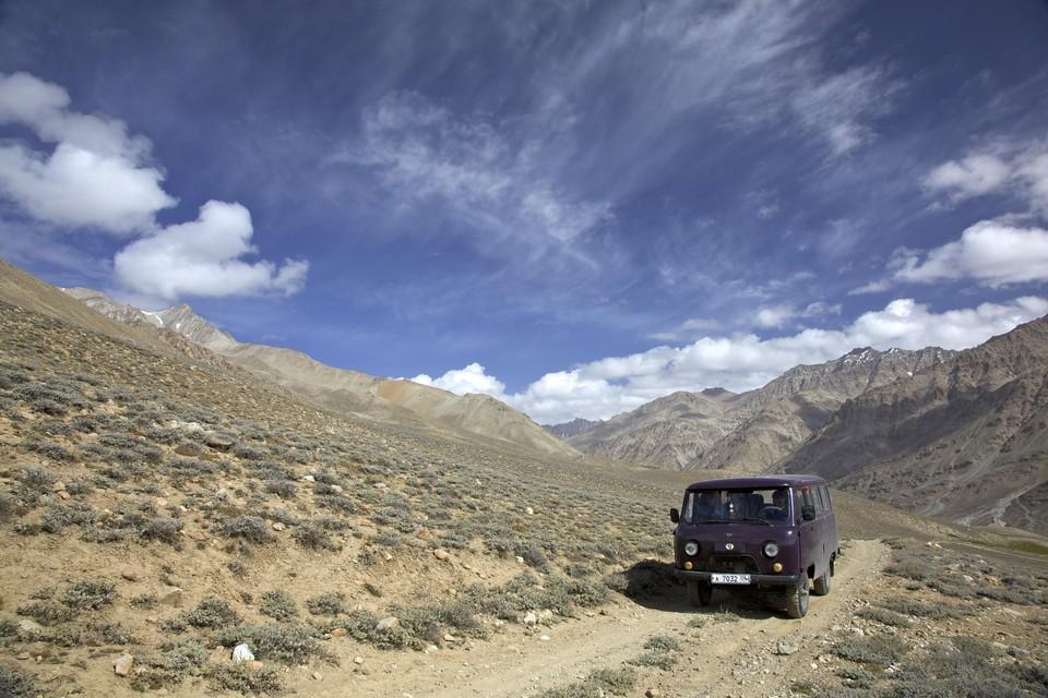 Выборы главы государства начались в Таджикистане