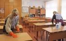 Коронавирус в Томске, последние новости на 13 октября 2020 года: вторая волна пандемии набирает обороты, в школах региона переведены на удаленку 28 классов и проводится дезинфекция
