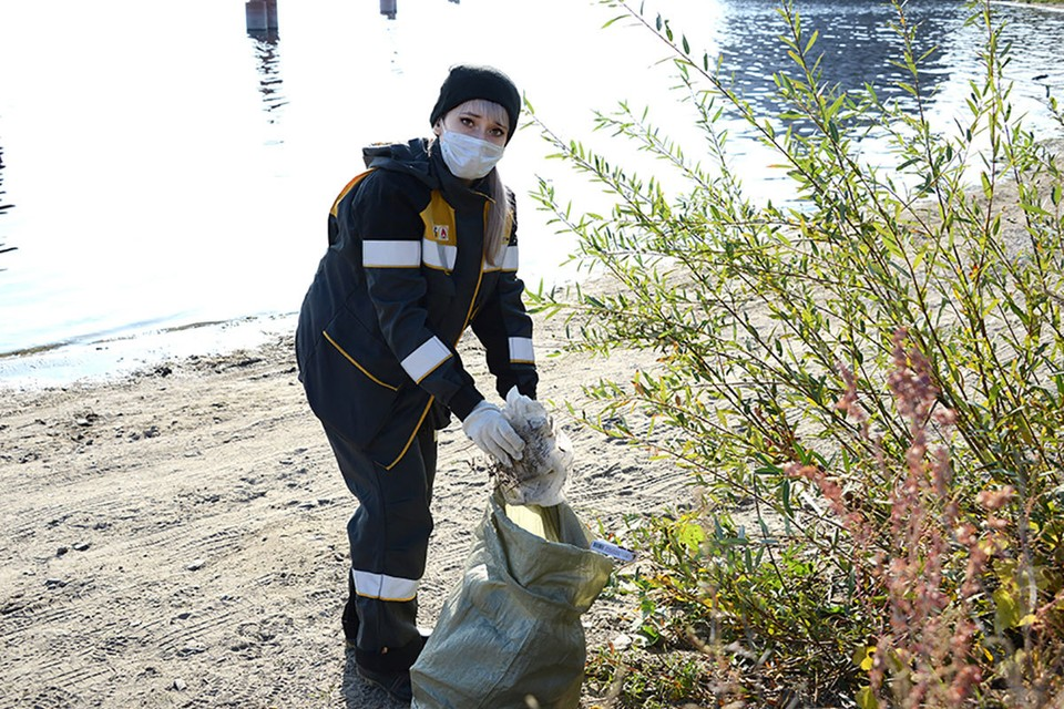 Дочерние предприятия компании «Роснефть» поддержали акцию по уборке волжских берегов. Фото: НК «Роснефть»