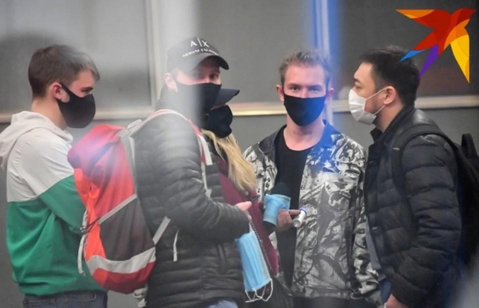 Саратовцам начали раздавать бесплатно маски