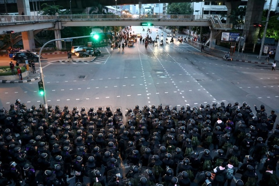 В Бангкок стянуты дополнительные силы полиции