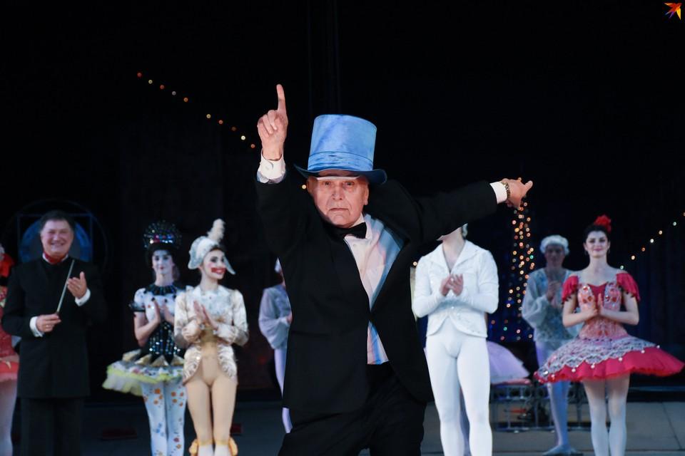 """Валентин Елизарьев после премьеры новой редакции """"Щелкунчика"""" удивил публику неожиданным перевоплощением."""