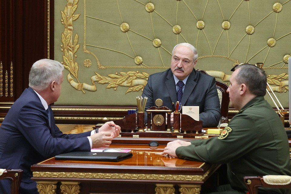 Александр Лукашенко встретился с генеральным секретарем ОДКБ Станиславом Засем. Фото: БелТА