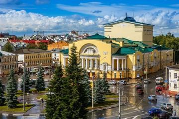 Кого могут не пустить на спектакль. Волковский театр в Ярославле опубликовал правила посещения постановок