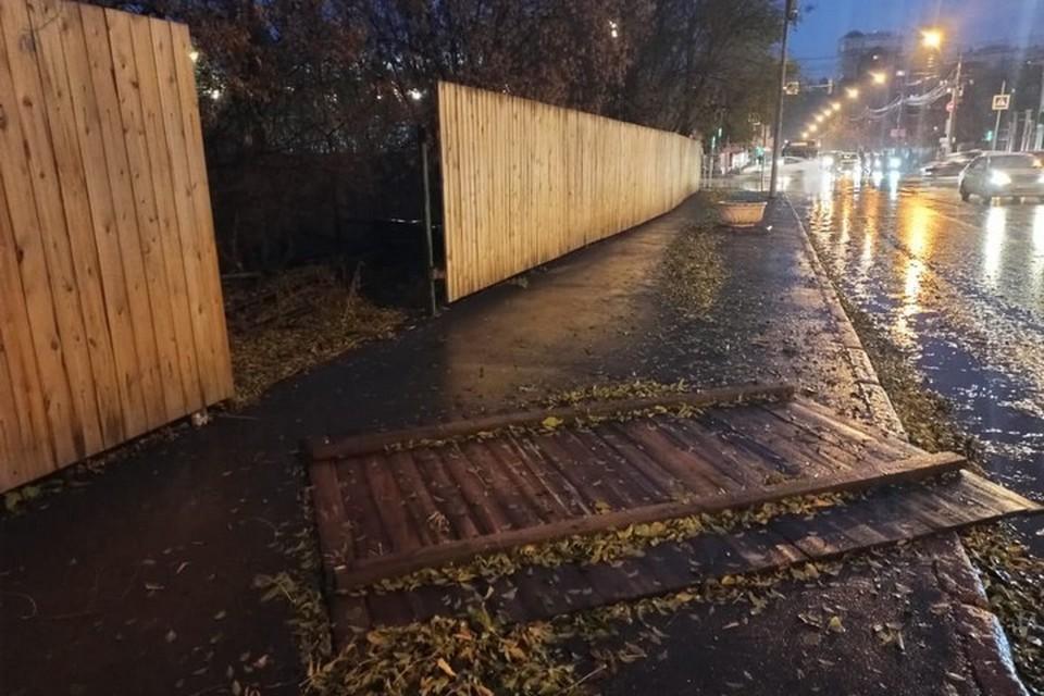 В Красноярске подсчитали последствия урагана. Фото: пресс-служба администрации города