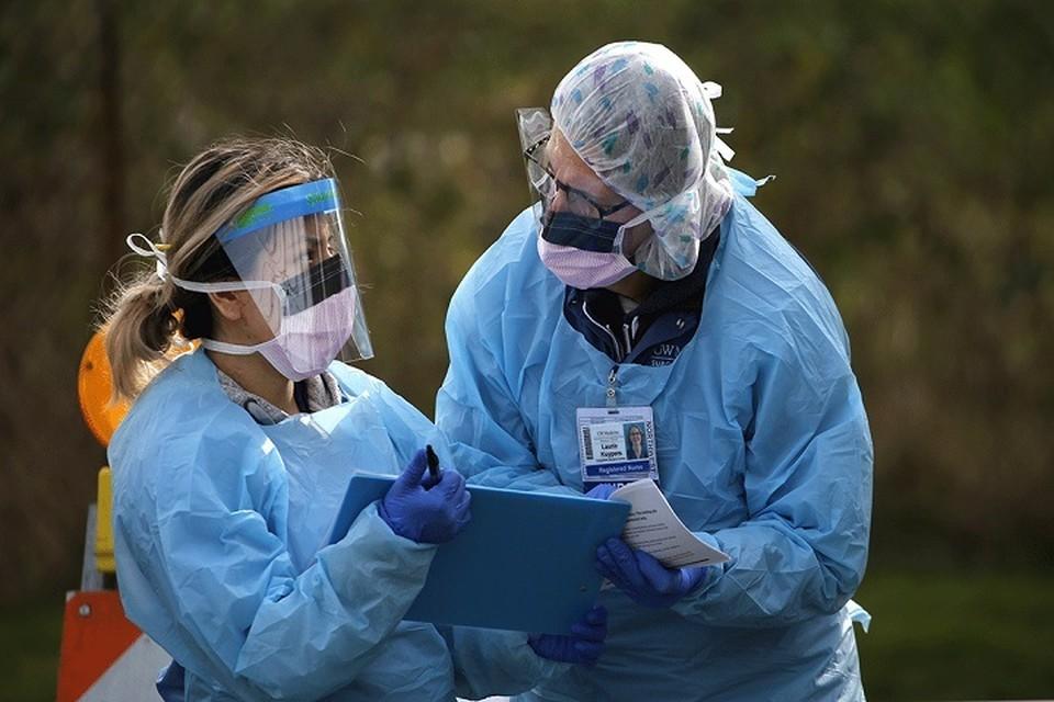 Итого по Казахстану зарегистрировано 1 796 случаев с летальным исходом от коронавируса.