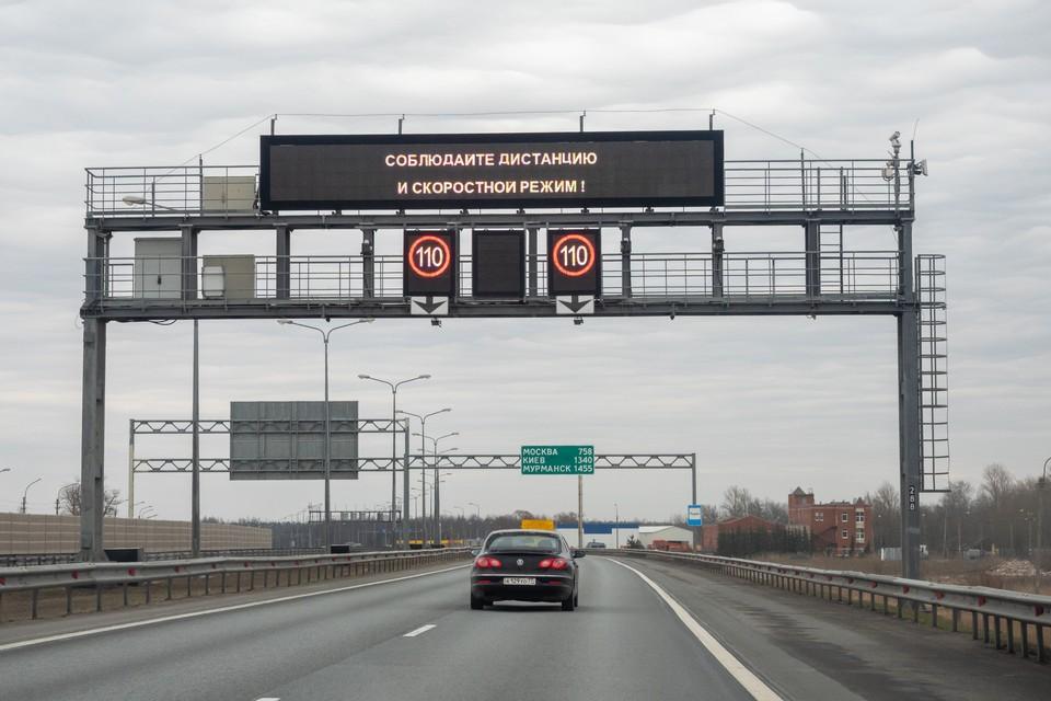 На развязке КАД с Таллинским шоссе полностью перекроют движение