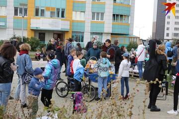 «Официально проводить дворовые праздники и заниматься благоустройством». Как дворовые сообщества могут стать единицей местного самоуправления