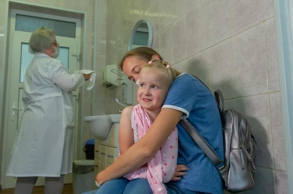 Около 2 миллионов петербуржцев уже привились от гриппа.