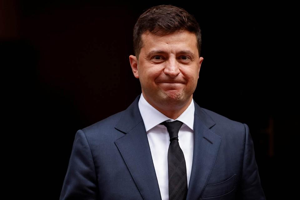 Украинская власть впервые за последние годы озаботилась мнением избирателей. Но не по самым главным вопросам для страны