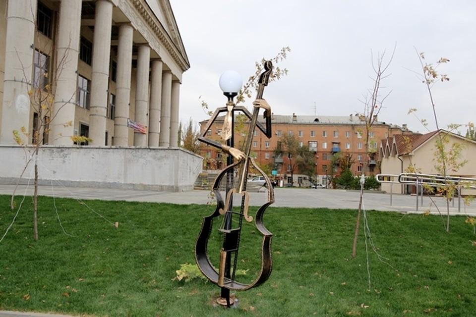 Фонари музыканты уже появились на сотнях фотографий волгоградцев. Фото: мэрия