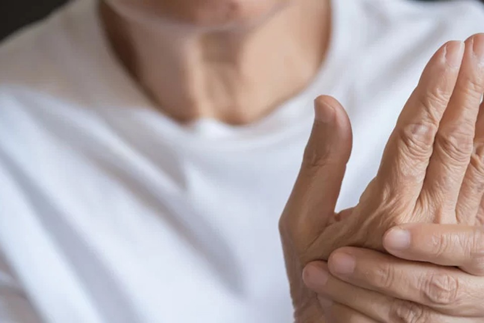 Растяжение связок кисти руки у взрослых